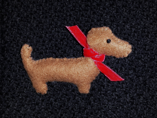 Brown Dachshund Sausage Dog Felt Brooch