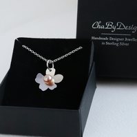 Flower Freshwater Pearl Pendant Necklace sterling silver handmade natural pink
