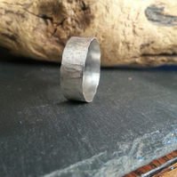 Tree bark textured ring