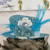 Lace Top Hat Fascinator