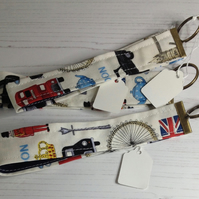 London Wrist Key Ring