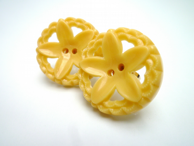 Yellow Flower Vintage Button Earrings
