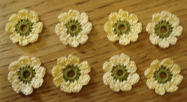 8 SMALL (2.5cm) COTTON FLOWERS FOR CARD MAKING, EMBELLISHMENTS, YELLOW & GREEN