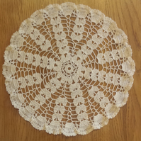 CREAM TABLE MAT or DOILY WITH FRILLED EDGE - 28.5cm ACROSS -