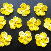 YELLOW  MULTICOLOURED FLOWERS - 5 PETALS LOVELY FRILLED EDGING - 3.5cm ACROSS
