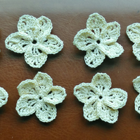 HANDMADE CROCHET COTTON FLOWERS 3.5cm CARD EMBELLISMENTS, IN LOVELY CREAM