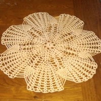 100% COTTON, HAND CROCHET TABLE CENTREPIECE IN GOLD, WITH 7 SECTION OUTER FANS