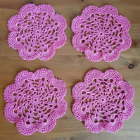 TABLE DECORATIONS - SET of 4 CROCHET MATS  IN BRIGHT PINK - 12.5cm