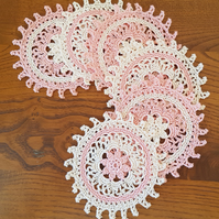 6 x 'WHEEL' COASTERS - 2-TONE ROSE PINK WITH FLOWER AT CENTRE - 10cm
