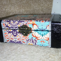 Navy and Floral jewellery box