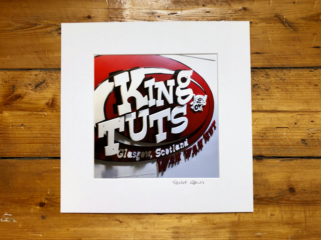 'King tuts' Glasgow signed square mounted print 30 x 30cm FREE DELIVERY