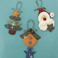 Xmas Tree Hangers Felt Pattern - Christmas Decorations