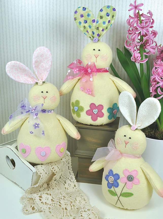PDF - Honey Bunnies Felt Pattern - Easter Decorations