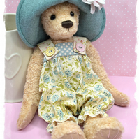 Delores Bear Pattern