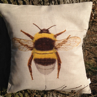 Stunning Bee Linen Cushion with feather pad