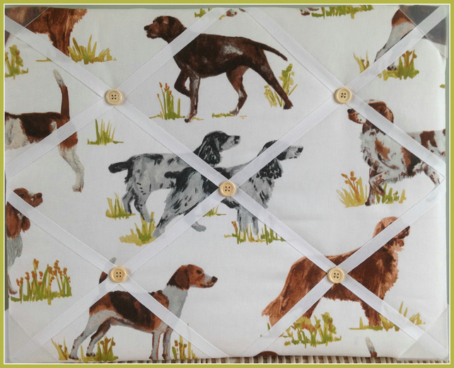 Hounds Memo Board