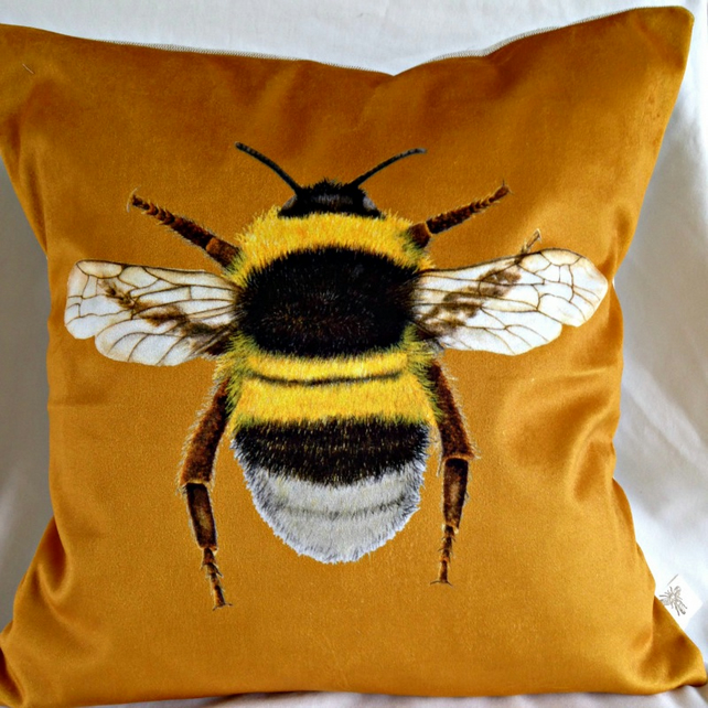 Stunning Velvet Bee Cushion in Gold