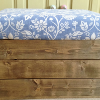 Wood Handmade Vintage style apple crate bushel storage seat Blue Hares Phesants