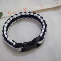 Chinese knot cord bracelet with buckle