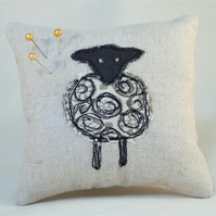 Pin Cushion Sheep Design Nature Wildlife Animal Farm