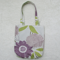 Ivory and Mauve Floral pattern tote bag