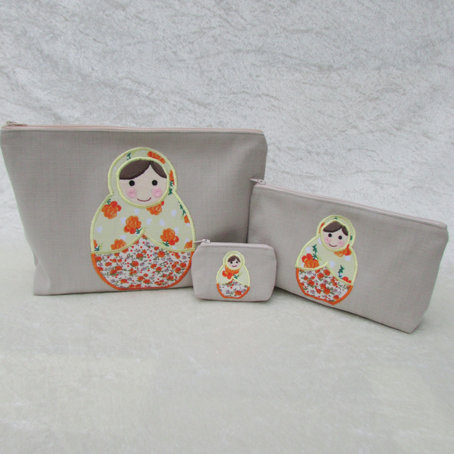 Russian doll stacking bags and purse gift set in cream, lemon and orange