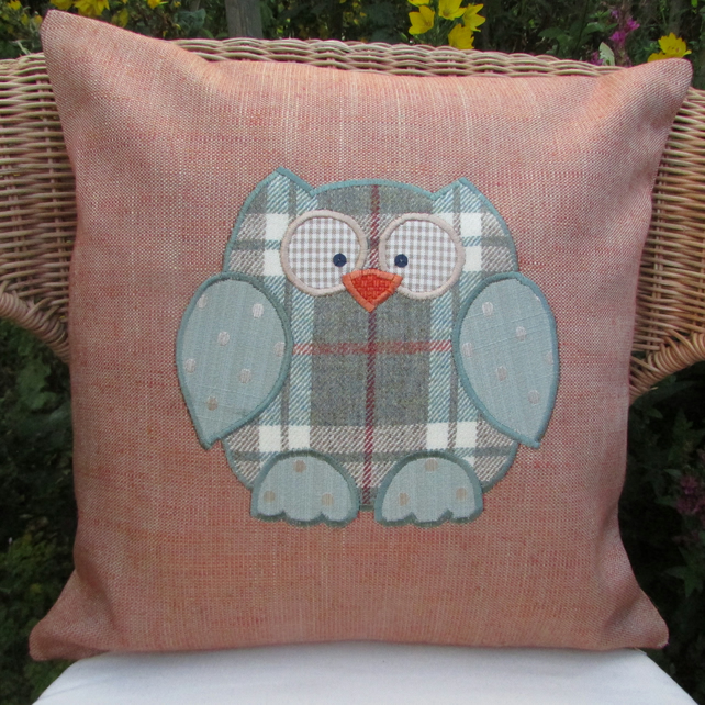 Owl cushion - Terracotta with green tweed owl applique