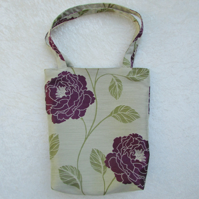 Floral tote bag in cream, purple and green