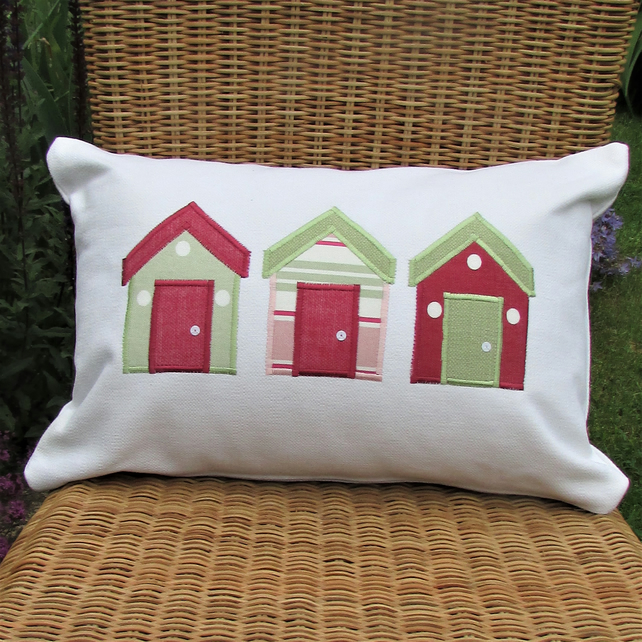 Beach huts cushion - Rectangular, ivory with pastel pink and green huts