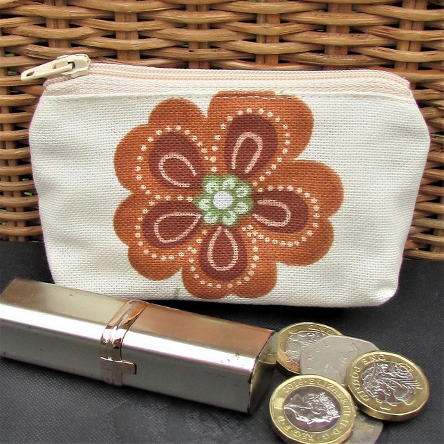 Small purse, coin purse in cream with terracotta and green flower