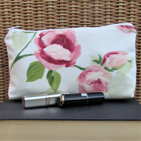 Cosmetic bag, make up bag in ceam and pale green with pink Roses and rosebuds