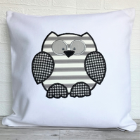 SALE, Monochrome owl cushion