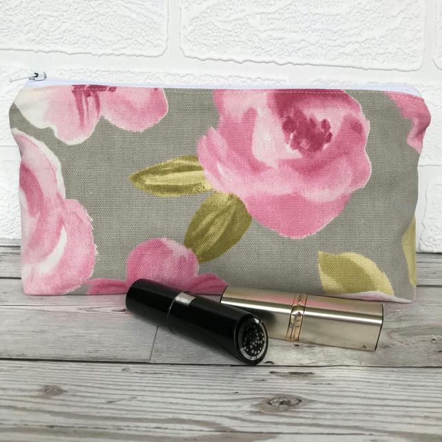 Cosmetic bag, make up bag in pale grey with pink Roses