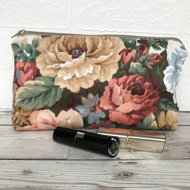 SALE, Cosmetic bag, make up bag with flowers in peachy shades