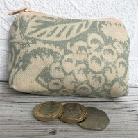 Small purse, coin purse with pale green and cream leaves and berries