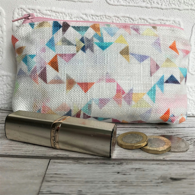 Large purse, coin purse with small colourful triangles pattern