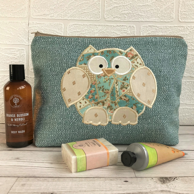 Owl toiletry bag, owl wash bag in turquoise fabric with patchwork print owl