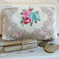 Large purse, coin purse in shabby chic style floral fabric with roses