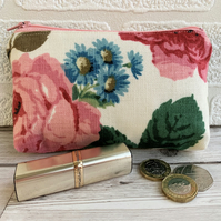 Large purse, coin purse with pink roses and blue daisies