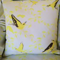 Oriole Cotton Cushion