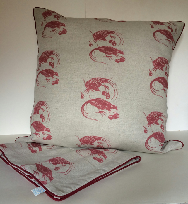 Super large Linen Windfall Cushion.