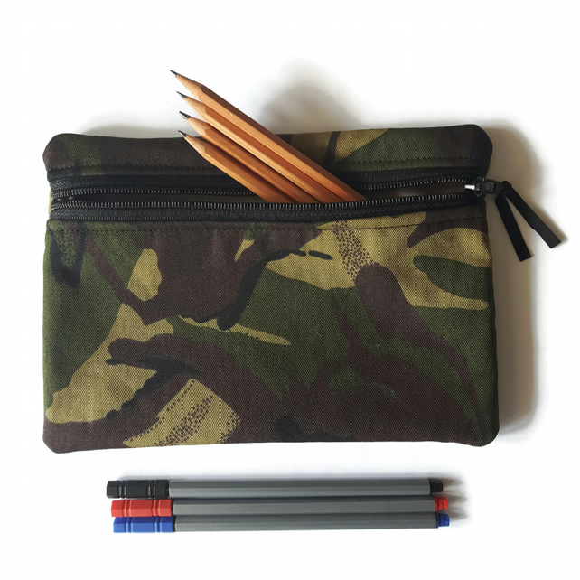 Pencil case zipper pouch cosmetic bag green camouflage camo