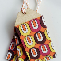 Atomic Fabric Covered Birch Ply Gift Tag