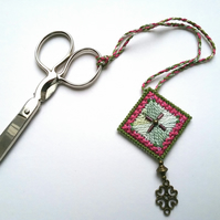 Handmade scissor keeper embroidered beaded green pink