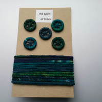 Pack of 5 dorset buttons with matching lucet cord blue green