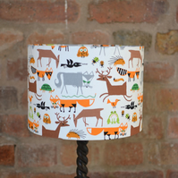 30cm white, orange and brown foxes and animals lamp shade