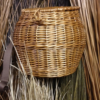 Fly Fishing Creel (Hand-Crafted Willow Basket)