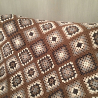 Beautiful Crocheted Throw, Lap blanket
