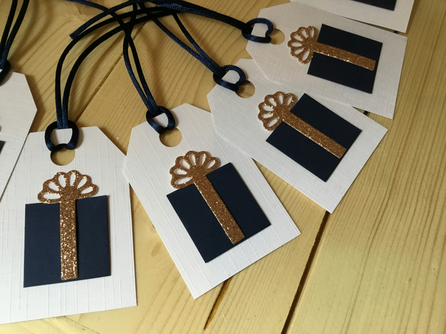 Pack of 6 gift tags for any occasion CC232