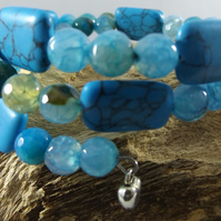 Turquoise magnesite and blue dragon vein agate bracelet